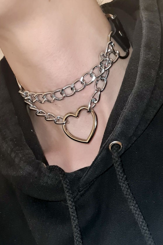 Steel Space Heart Choker 4 BDSM Girls
