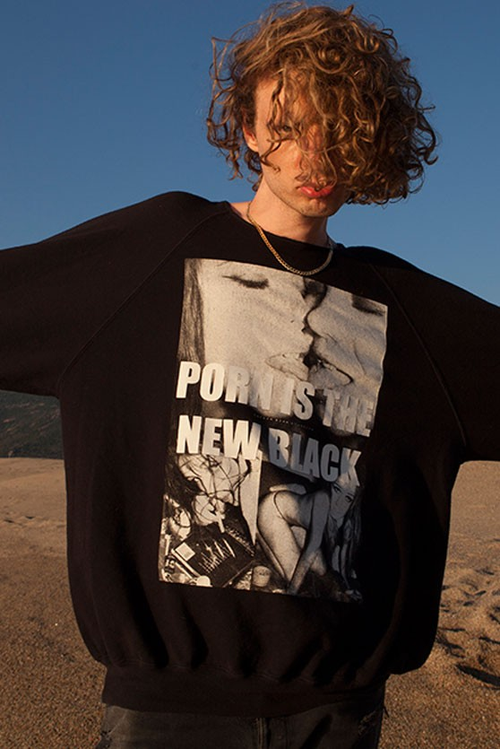 PORN IS THE NEW BLACK Sweatshirt. 90s HeroinChic und Grunge Fashion Brand aus Berlin verbindet rockige Neunziger Grunge Mode mit